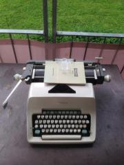Olympia Schreibmaschine mechanisch,