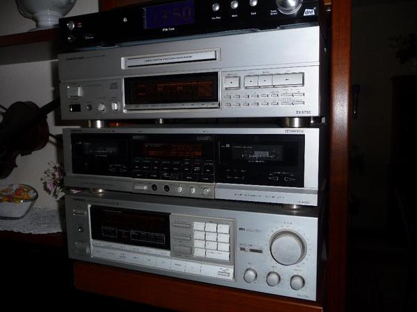 onkyo musikanlage in berlin stereoanlagen t rme kaufen und verkaufen ber private kleinanzeigen. Black Bedroom Furniture Sets. Home Design Ideas