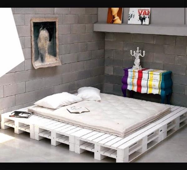 paletten m bel holz aus g tzis. Black Bedroom Furniture Sets. Home Design Ideas
