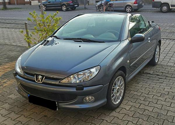 peugeot 206 cc chic charmant cabrio in karlsruhe. Black Bedroom Furniture Sets. Home Design Ideas