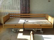 Pflegebett, elektrisch verstellbar