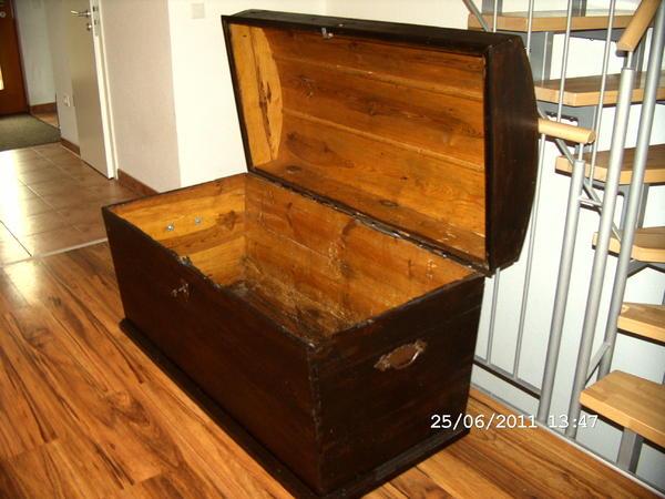 praktische runddeckel truhe aus eiche um 1800 in heidelberg sonstige wohnzimmereinrichtung. Black Bedroom Furniture Sets. Home Design Ideas