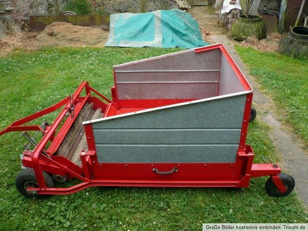 rasenkehrmaschine laubkehrer rasenkehrer wiedenmann mini 1982 grasaufnahme grasaufnehmer rasen. Black Bedroom Furniture Sets. Home Design Ideas