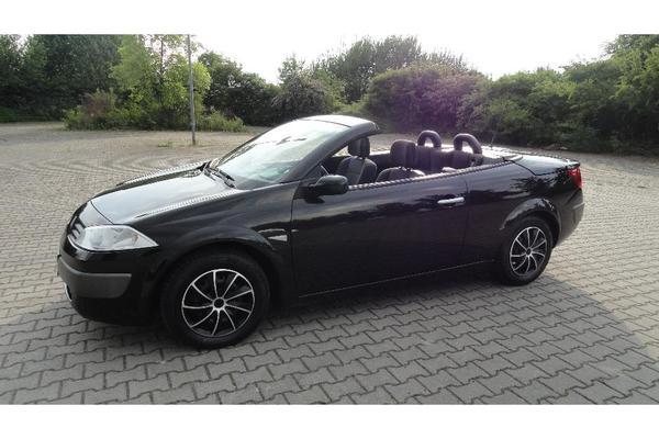 renault megane cc cabriolet 73000 km schwarz in oftersheim renault cabrio kaufen und verkaufen. Black Bedroom Furniture Sets. Home Design Ideas
