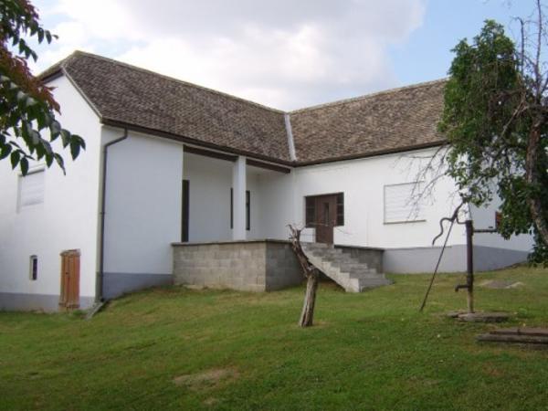 renoviertes b rgerhaus in ungarn in augsburg 1 familien h user kaufen und verkaufen ber. Black Bedroom Furniture Sets. Home Design Ideas