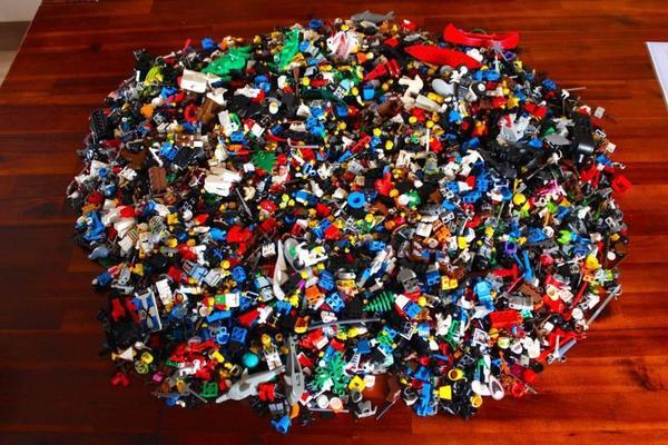 riesige lego figuren sammlung 4 6 kg figuren und sehr viel. Black Bedroom Furniture Sets. Home Design Ideas