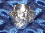 RING, Nr: 202 - mc, Besteckschmuck, 100.er Silberauflage, schöner Ring mit . RING, Nr: 20 - mc, 100.er Silberauflage, schöner Ring mit Hildesheimer Rose, in Handarbeit aus einem antiken Löffel gebogen und gelötet, ... 28,- D-67240Bobenheim-Roxheim Heute,  - RING, Nr: 202 - mc, Besteckschmuck, 100.er Silberauflage, schöner Ring mit . RING, Nr: 20 - mc, 100.er Silberauflage, schöner Ring mit Hildesheimer Rose, in Handarbeit aus einem antiken Löffel gebogen und gelötet