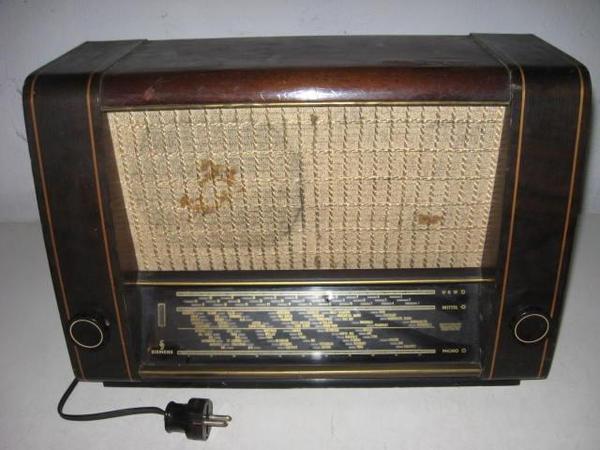 r hrenradio marke siemens spezial super 53 in bergkirchen radio tuner kaufen und verkaufen. Black Bedroom Furniture Sets. Home Design Ideas