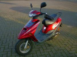 Roller ,, Adly100,, Tv &raquo; Sonstige Motorroller aus Cloppenburg