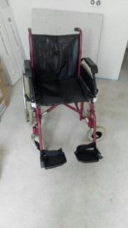 Rollstuhl Faltrollstuhl Gehhilfe