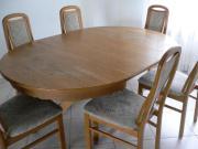 Runder Tisch aus