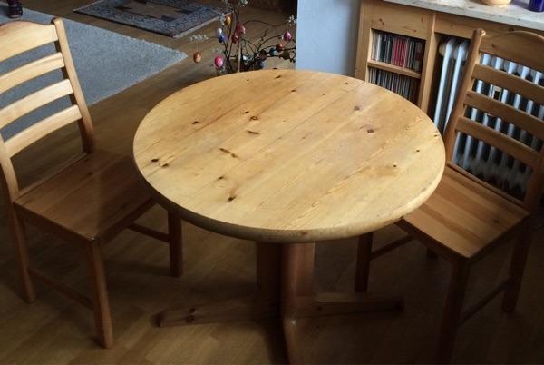 tisch runder tisch neu und gebraucht kaufen bei. Black Bedroom Furniture Sets. Home Design Ideas