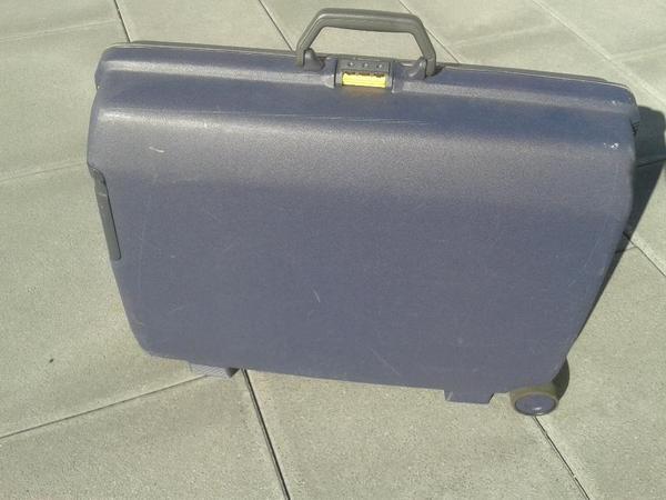 samsonite hartschalenkoffer in backnang taschen koffer. Black Bedroom Furniture Sets. Home Design Ideas