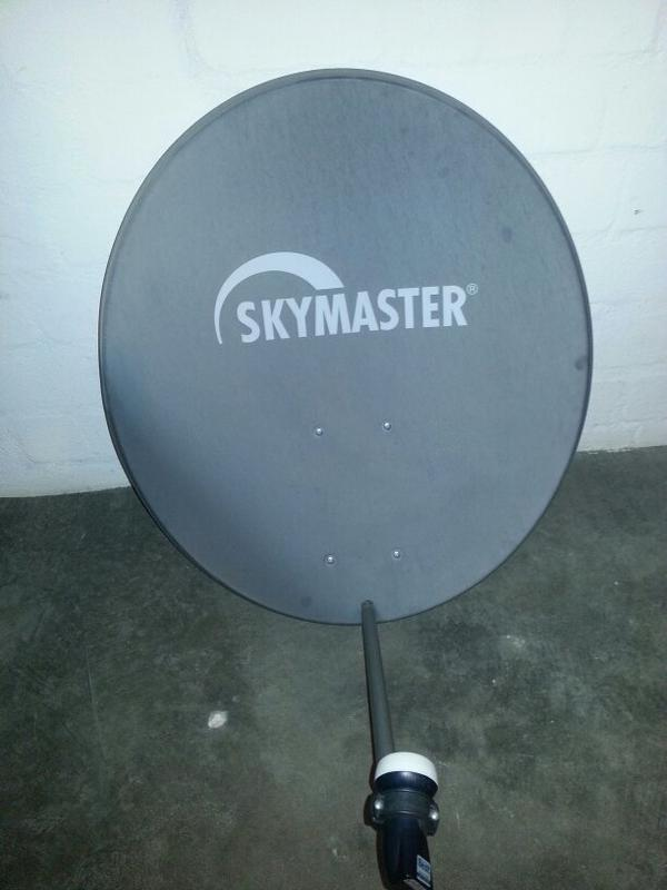 satelliten sch ssel antenne sat receiver. Black Bedroom Furniture Sets. Home Design Ideas
