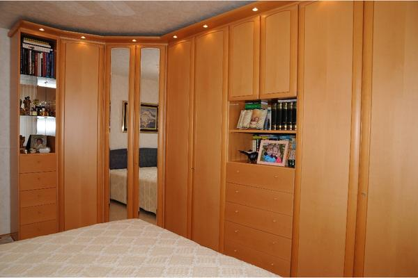 schlafzimmer eckschrank in fl rsheim schr nke sonstige schlafzimmerm bel kaufen und verkaufen. Black Bedroom Furniture Sets. Home Design Ideas