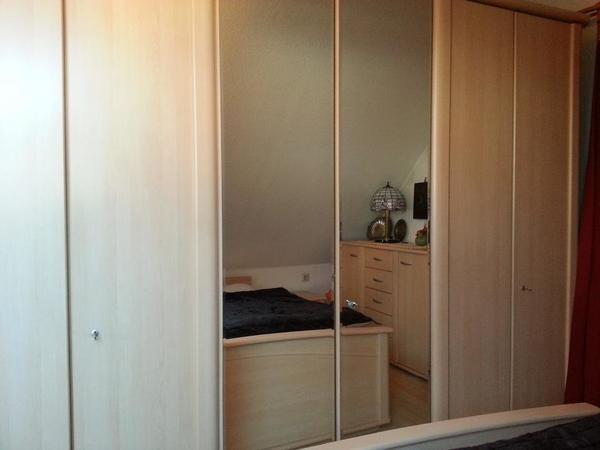 berbau schlafzimmer kleinanzeigen schr nke vitrinen. Black Bedroom Furniture Sets. Home Design Ideas