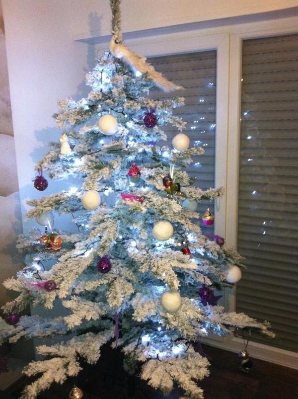 weihnachtsbaum aus plastik weihnachtsbaum b ume aus papier plastik lifestyle fichte tanne oder. Black Bedroom Furniture Sets. Home Design Ideas