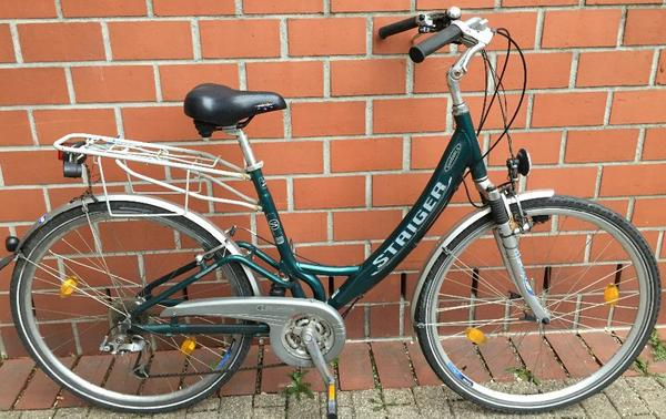 fahrrad 28 kleinanzeigen fahrr der radsport. Black Bedroom Furniture Sets. Home Design Ideas
