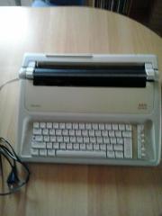 Schreibmaschine AEG Olympia