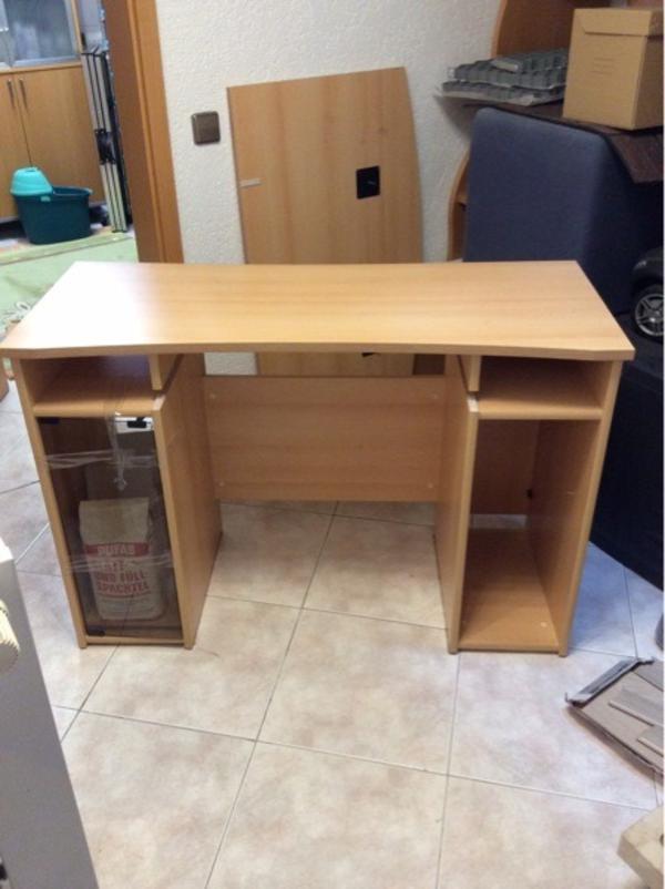Schreibtisch bzw pc tisch in karlsruhe b rom bel kaufen for Schreibtisch quoka