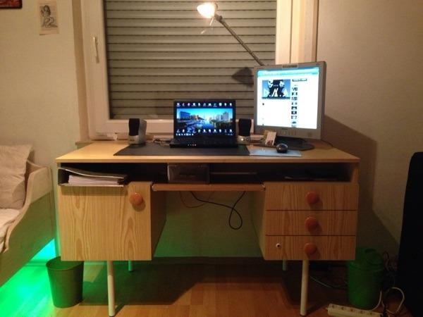 Schreibtisch in heilbronn b rom bel kaufen und verkaufen for Schreibtisch quoka