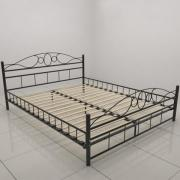 Schwarzes Metallbett schwarzes metallbett a parcelgilt and ebonised steel bed