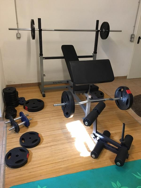 sehr stabile hantelbank mit ber 100 kg gewichten und. Black Bedroom Furniture Sets. Home Design Ideas