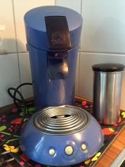 Senseo Kaffeepadmaschine mit Zubehör abzugeben Da wir sie nicht mehr benötigen, geben wir unsere verlässliche Senseo-Kaffeemaschine sowie vier ... 20,- D-70193Stuttgart Heslach Heute, 07:45 Uhr, Stuttgart Heslach - Senseo Kaffeepadmaschine mit Zubehör abzugeben Da wir sie nicht mehr benötigen, geben wir unsere verlässliche Senseo-Kaffeemaschine sowie vier