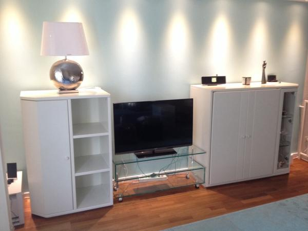 sideboard h lsta spectrum top zustand in offenbach. Black Bedroom Furniture Sets. Home Design Ideas