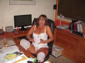 kostenlose erotik seite sie sucht ihn gegen taschengeld
