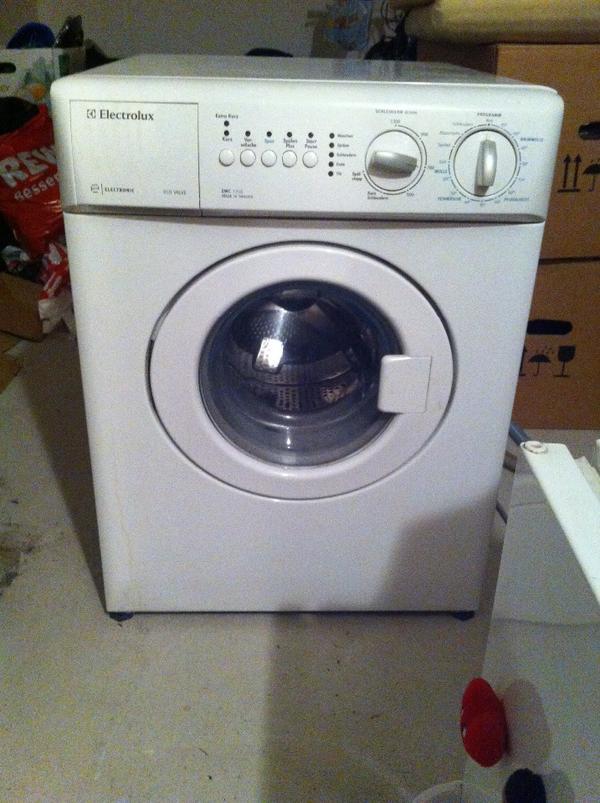 waschmaschinen waschmaschinen trockner m nchen. Black Bedroom Furniture Sets. Home Design Ideas