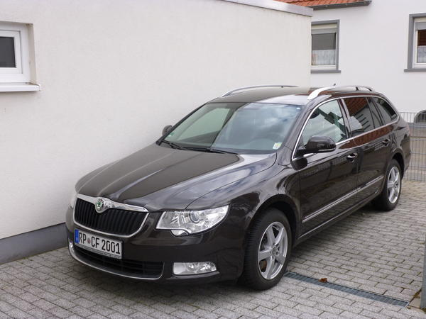 skoda superb combi 2 0 tdi dsg 170 ps jahreswagen 18500km in schifferstadt kaufen und. Black Bedroom Furniture Sets. Home Design Ideas