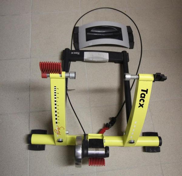 Tacx CycleForce Swing Rollentrainer (T1460) In Schriesheim