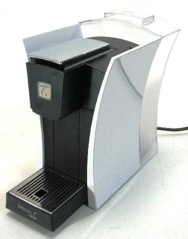 teemaschine f r genie er in lustenau kaffee espressomaschinen kaufen und verkaufen ber. Black Bedroom Furniture Sets. Home Design Ideas