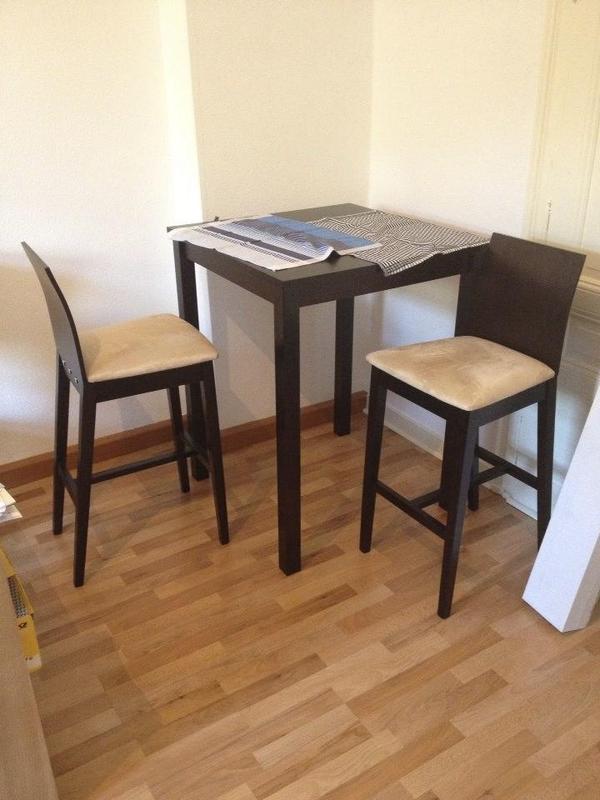 tisch bartisch mit 2 st hlen in frankfurt speisezimmer. Black Bedroom Furniture Sets. Home Design Ideas