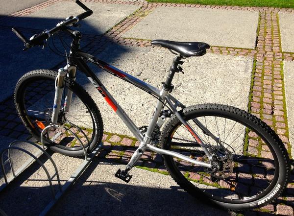 TOP !!! - 2 Stück » Mountain-Bikes, BMX-Räder, Rennräder