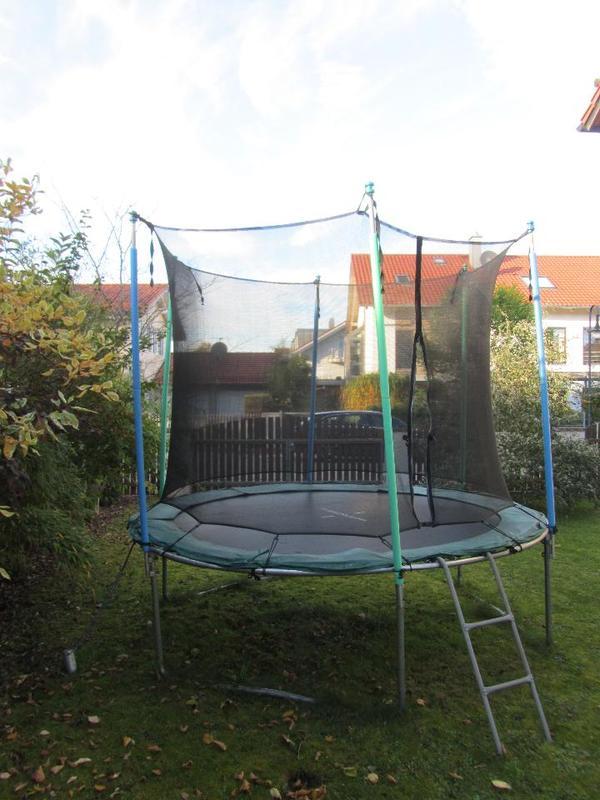 trampolin hudora 305 cm mit netz in hohenbrunn outdoor kaufen und verkaufen ber private. Black Bedroom Furniture Sets. Home Design Ideas