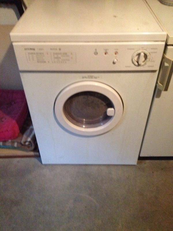 waschmaschinen trockner haushaltsger te f rth bayern gebraucht kaufen. Black Bedroom Furniture Sets. Home Design Ideas