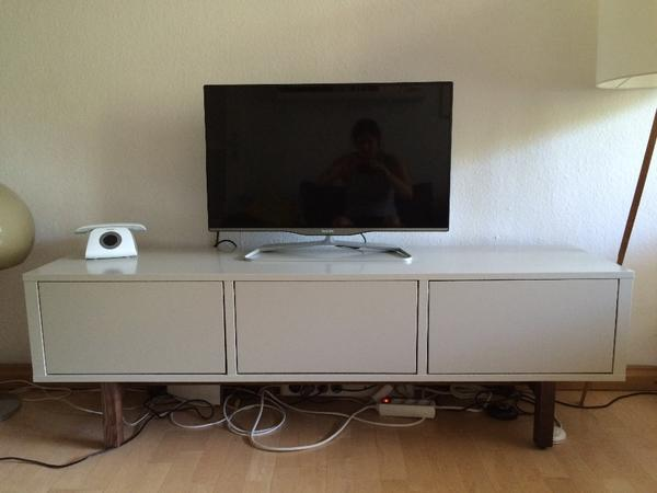 ikea tv m bel raum und m beldesign inspiration. Black Bedroom Furniture Sets. Home Design Ideas