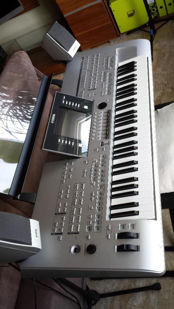 keyboard yamaha neu und gebraucht kaufen bei. Black Bedroom Furniture Sets. Home Design Ideas