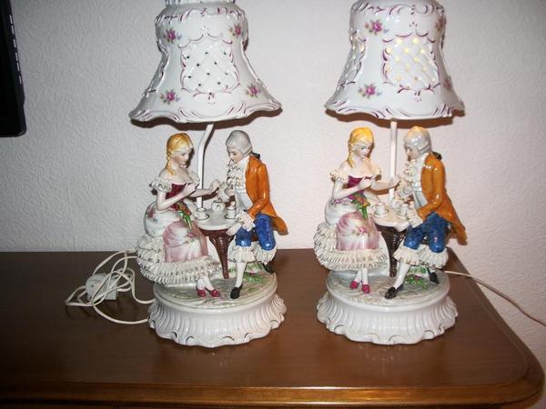 verkaufe zwei sehr sch ne porzellan tischlampen in alsbach h hnlein lampen kaufen und. Black Bedroom Furniture Sets. Home Design Ideas