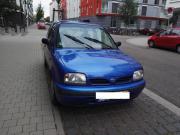 Verkaufen dunkelblauen Nissan