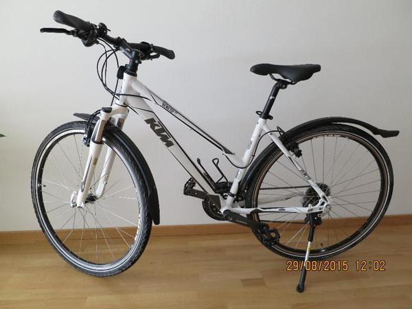 verkauft ktm veneto cross damenfahrrad cross bike 28. Black Bedroom Furniture Sets. Home Design Ideas