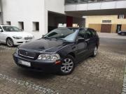 Volvo V40 schwarz