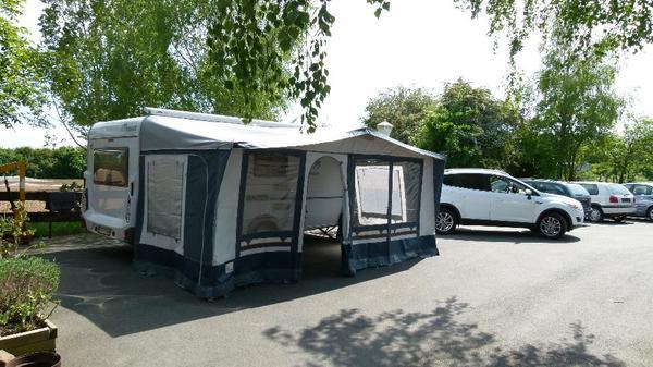 vorzelt brand catania 918 938 knaus 450 in frankfurt. Black Bedroom Furniture Sets. Home Design Ideas
