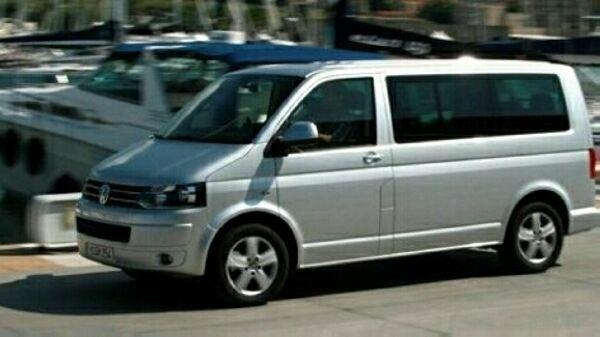 VW T5 Kombi + » Kleinbusse, -transporter