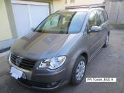 VW-Touran 2,