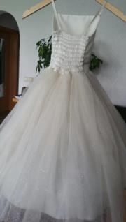 weises Kleid