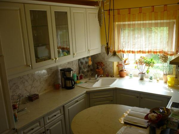 Weisse einbaukuche mit eckspule in hockenheim for Einbauküche mit eckspüle