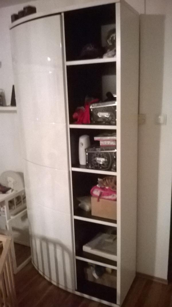 wei er hochglanz schrank wohnzimmerschr nke anbauw nde. Black Bedroom Furniture Sets. Home Design Ideas